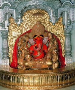 lord pazhavangady ganapathy Golden Idol for Sri Pazhavangadi Ganapathy