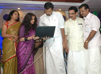 Shri-Anoop-Jacob-launches-t